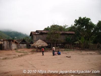 ルアンナムターの村