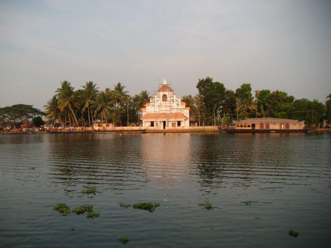 南インドの教会 in アレッピー