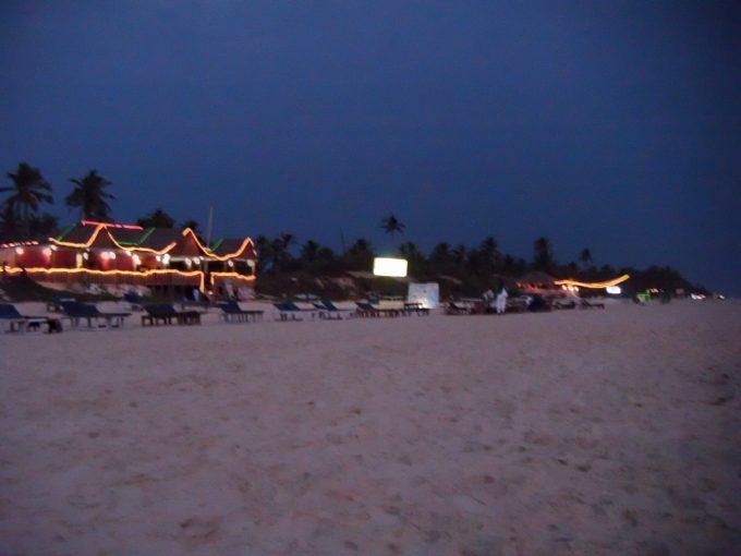 コヴァーラムビーチのレストラン