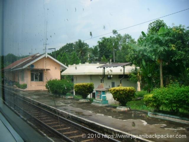 インドネシアの駅