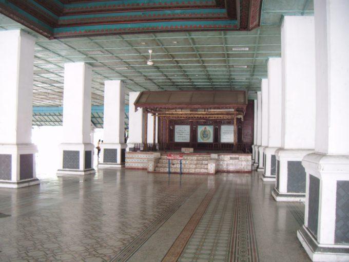 カスナナン王宮