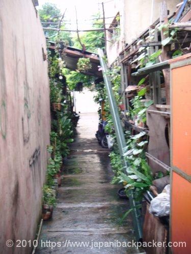 ジャワ島ソロの路地