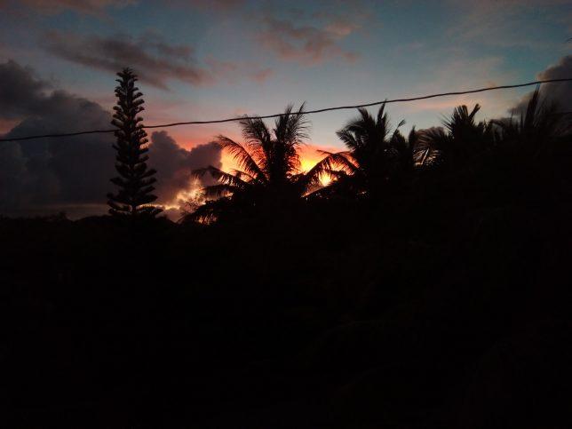 コロールの夕日