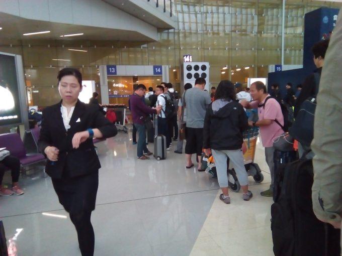 香港空港の広州行きバス乗り場