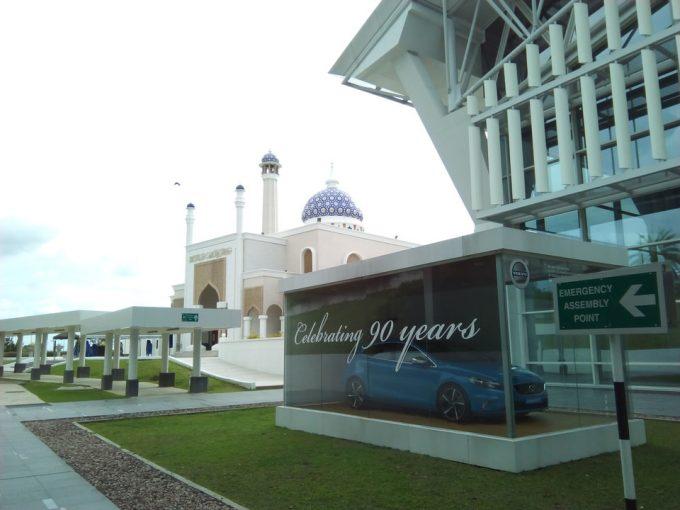 ブルネイ空港のモスク