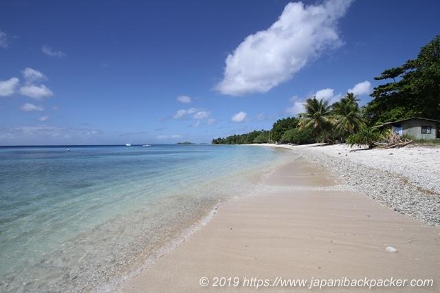 エネコ島のビーチ