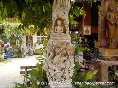 ワット・タウアーイの仏像