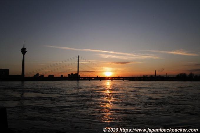 デュッセルドルフのライン川