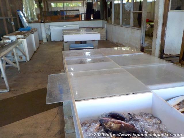 ポンペイ島コロニアの魚マーケット