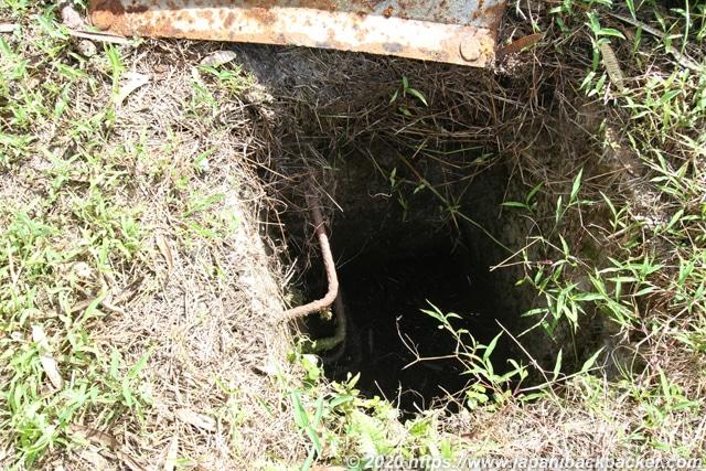 ソケースマウンテン 地下通路入り口