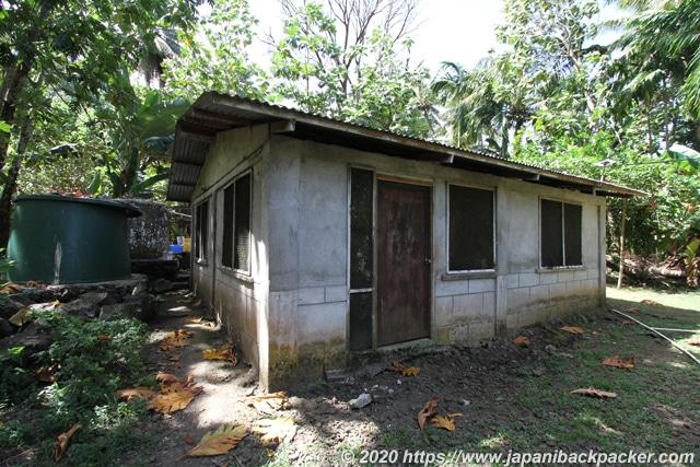 ランガル島 島民の住居