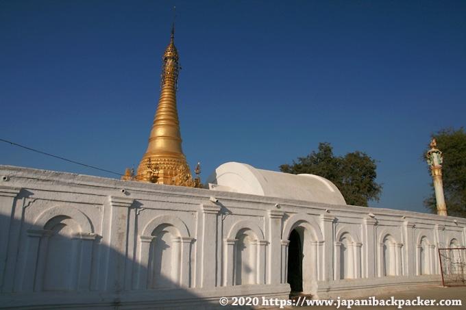 シュエヤンピェー僧院
