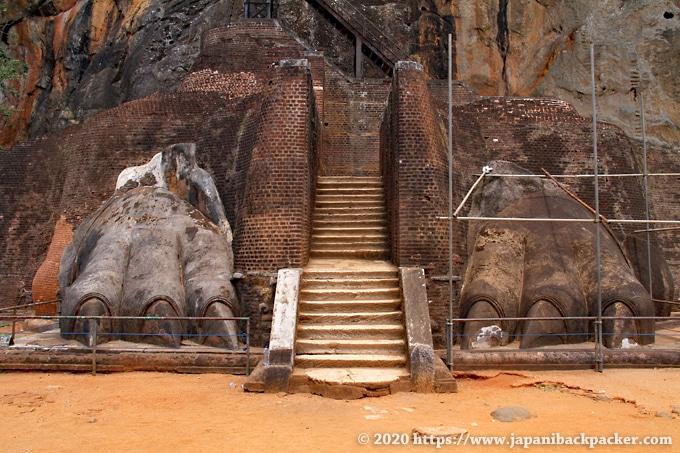 シーギリヤロック ライオンの入口