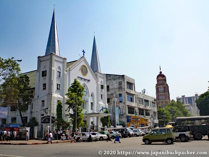 ヤンゴンの教会