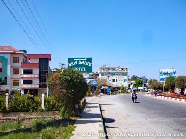 ミャンマー、カローの街