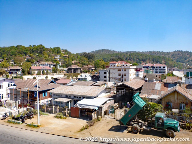 ミャンマー、カローの街並み