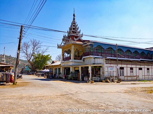 ミャンマー、カローの寺院