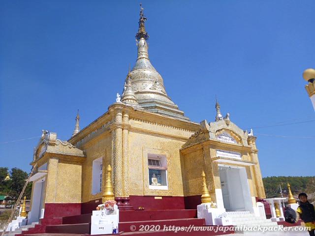 ミャンマー、カローのパゴダ