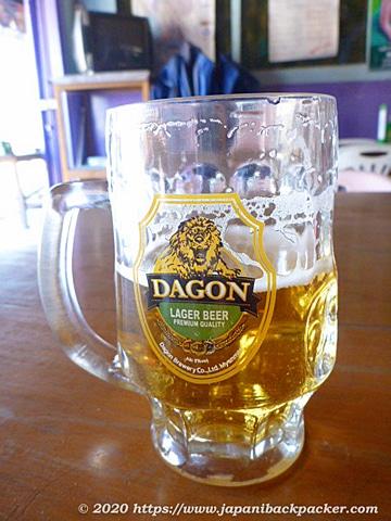 ミャンマー、カローのダゴンビール