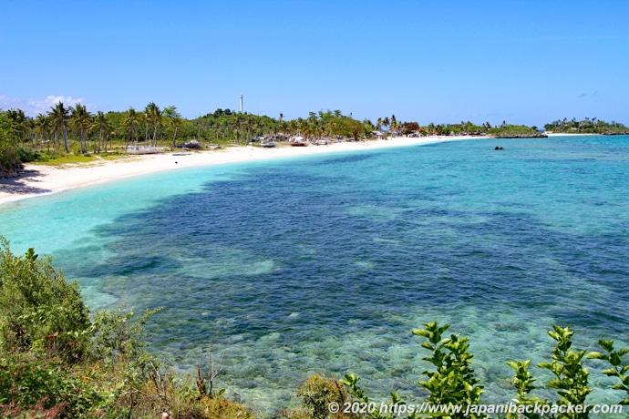 マラパスクア島ラングーブビーチ