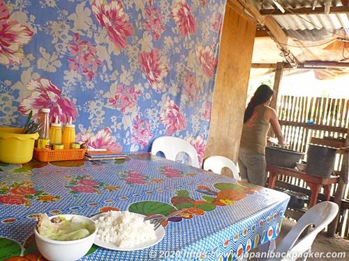 マラパスクア島の食堂