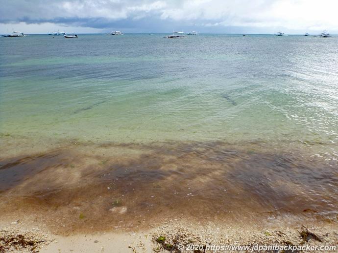マラパスクア島のバウンティー・ビーチ