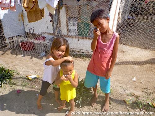 マラパスクア島の子ども