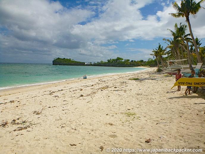 マラパスクア島 ラングーブビーチ