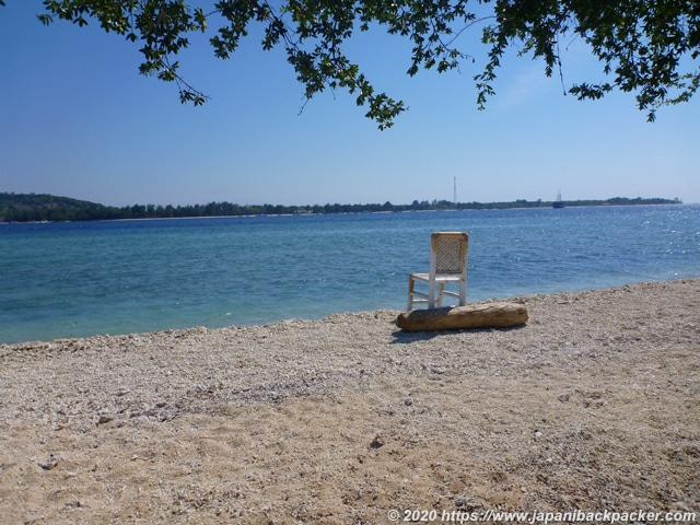 ギリメノ島のビーチ