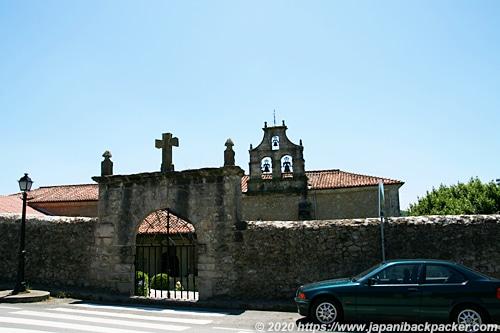 サンティリャーナ・デル・マル 教会