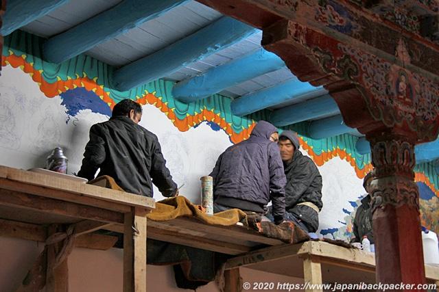 ヘミスゴンパ 壁画の修復