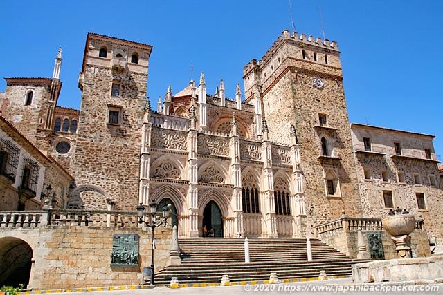 サンタ・マリア・デ・グアダルーペ王立修道院