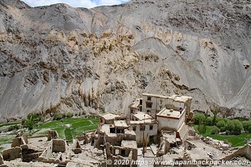ラマユルゴンパ 下の集落