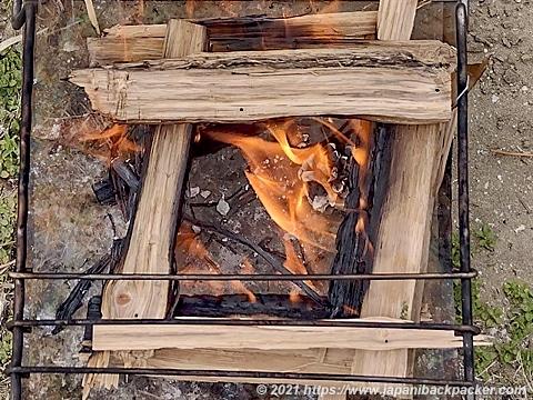 秘密のグリルちゃん 焚火