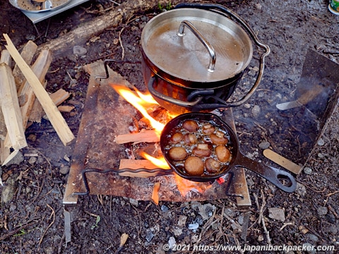 秘密のグリルちゃん 焚火料理