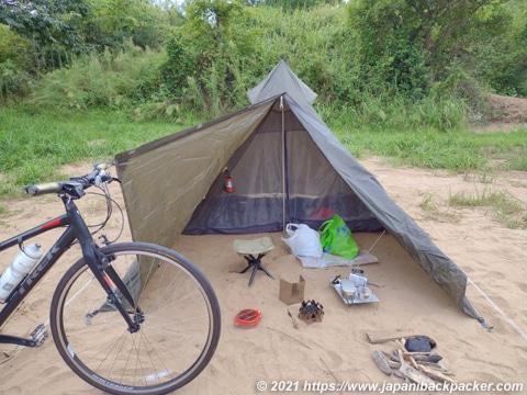 自転車キャンプ ソロティピー