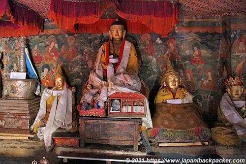 トンデ・ゴンパ Thonde Gompa 仏像